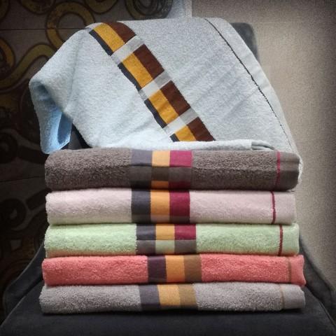 Ręcznik bawełniany frotte 70x140 wz5
